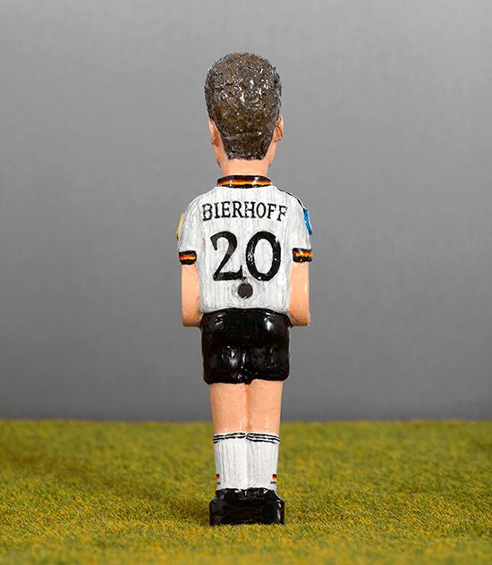 76 Oliver Bierhoff