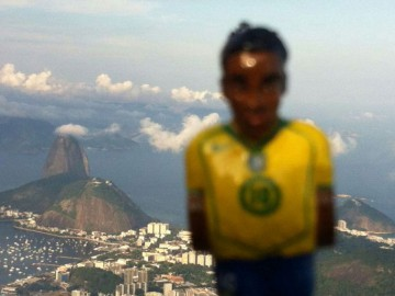 RONALDINHO-on-TOUR2